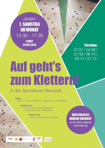 Klettern in der Kletterwand @ Turnhalle Lynar Grundschule | Berlin | Berlin | Deutschland